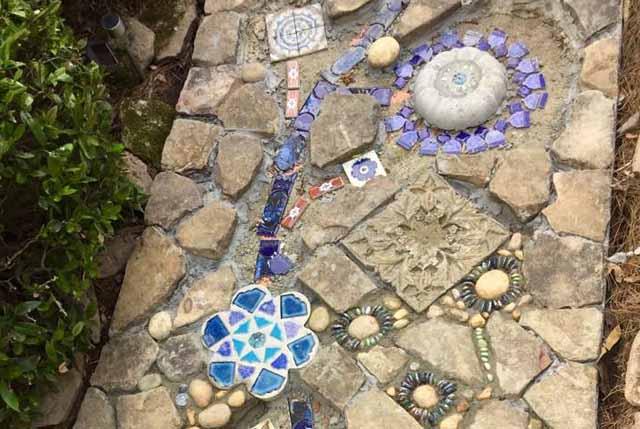 дизайн сада дорожки с мозаикой