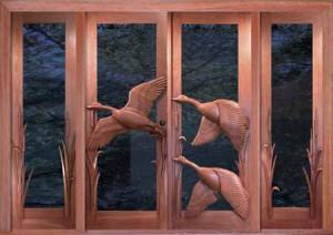 красивые двери в деревянном доме фото