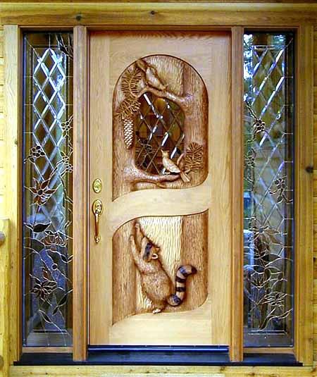 входные двери в деревянном доме