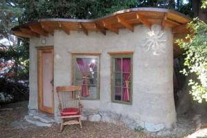дачный дом вариант строительства из глины