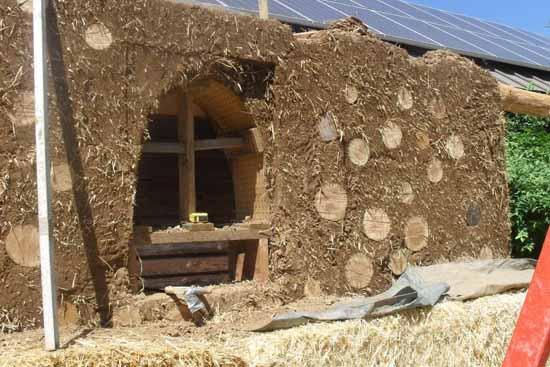 дачный дом из глины своими руками