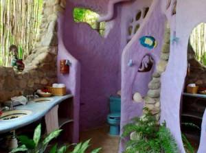 интерьер дачного дома из глины яркая душевая кабинка