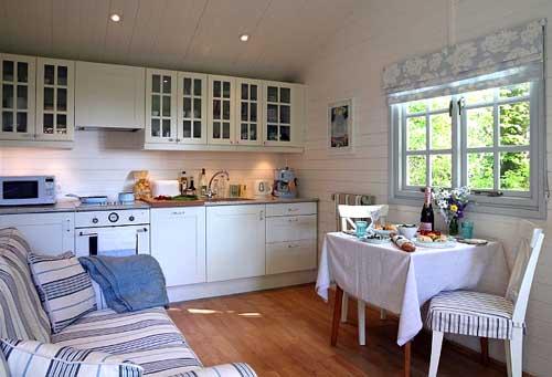 кухня в дачном домике