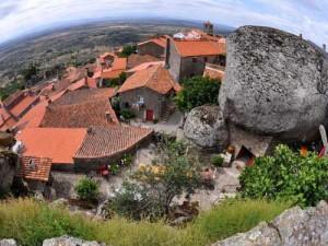 необычная деревня в Португалии