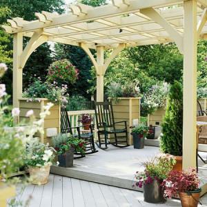 Красивая терраса в саду фото