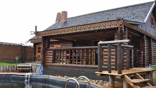 красивая баня на даче