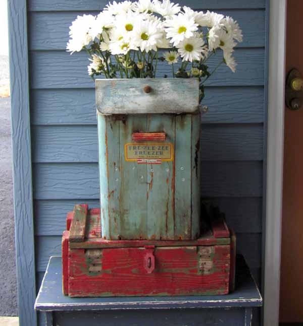 клумбы и цветники из подручных материалов около дома