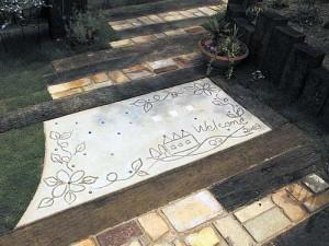 красивые садовые дорожки из разных видов покрытия
