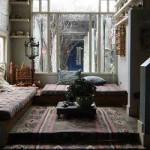 красивая спальня в загородном доме
