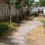 садовые дорожки из деревянных планок