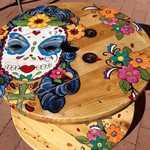 стол для дачи из подручных материалов