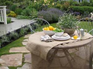 как сделать красивый дизайн сада в стиле кантри