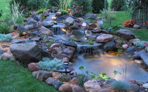 как красиво украсить пруд на даче