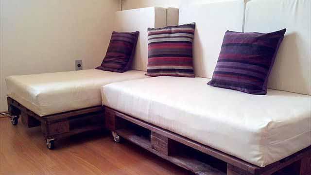 как сделать самому диван из поддонов