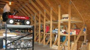 хранилище в мансарде над гаражом