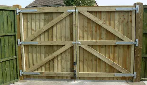 Ворота на гараж распашные своими руками фото 140