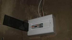 электрический щиток в гараже