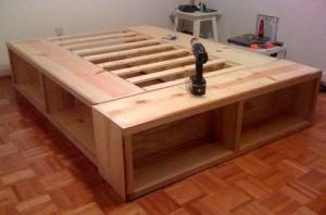 как сделать простую кровать