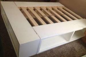 кровать из полок своими руками