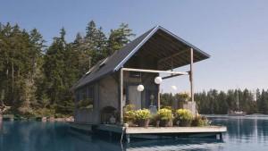дачный домик на воде