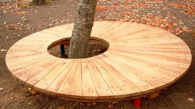 необычные деревянные скамейки