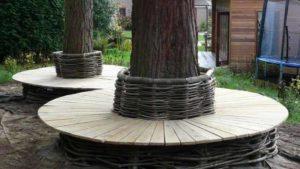 круговая деревянная скамейка