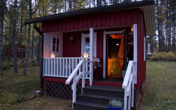 двор частного дома фото бани