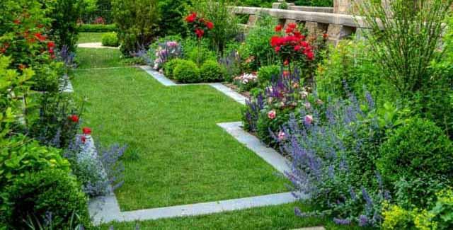 красивый садовый бордюр