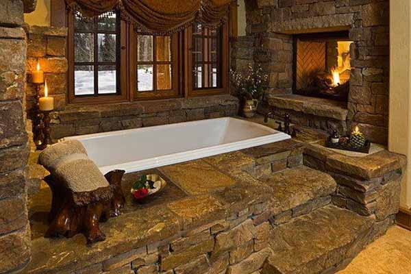 камин в интерьере ванной