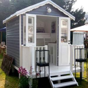 маленький дачный домик 10 кв.м