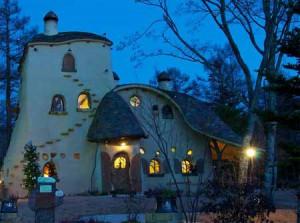 дизайн дачного дома из глины