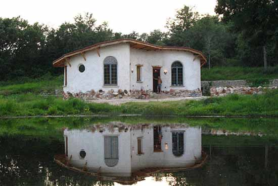 dachnyj-dom-iz-gliny5