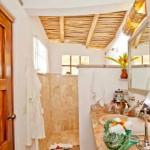 интерьер дачного дома из глины душ