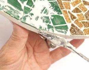 делаем мозаичное панно для забора на даче