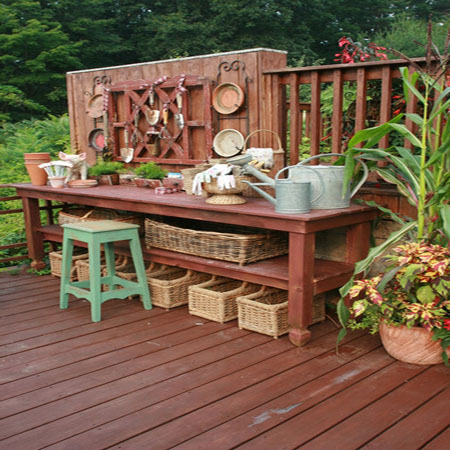 садовая мебель коричневого цвета