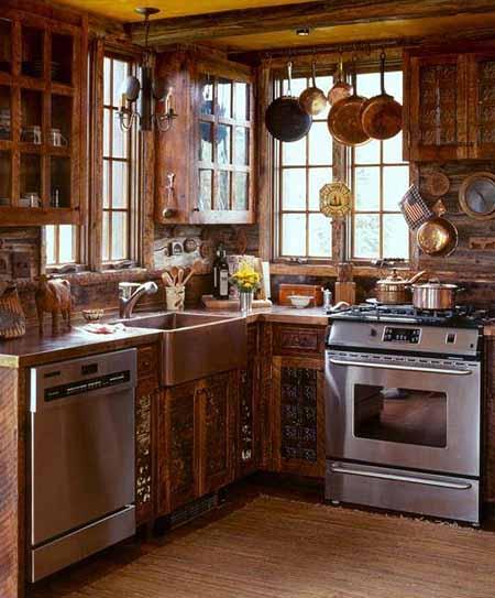 интерьер деревянного дома фото интерьера кухни