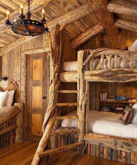 необычный интерьер деревянного дома фото