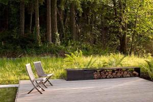 проекты дачных домов фото открытой террасы с грилем около кухни