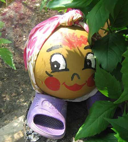 садовые фигурки из подручных материалов своими руками