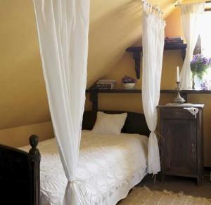 деревенский дом спальня