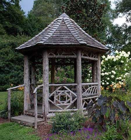 красивая садовая беседка в стиле рустик