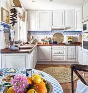 загородный дом интерьер кухни