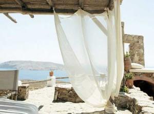 вид на море с террасы дома