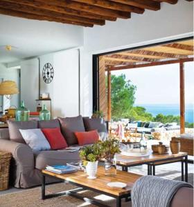 Красивый дом в Испании