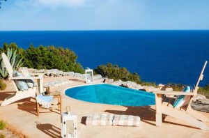 дом у моря в Испании бассейн