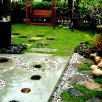 сочетание различных материалов в садовых дорожках