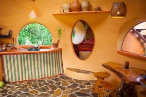 необычный интерьер дачного дома дизайн кухни