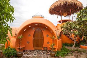 необычный дизайн дачного дома