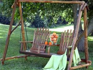 конструкция садовых качелей