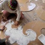 как красиво покрасить деревянный пол на даче своими руками
